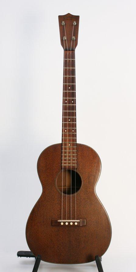 martin baritone ukulele. Black Bedroom Furniture Sets. Home Design Ideas